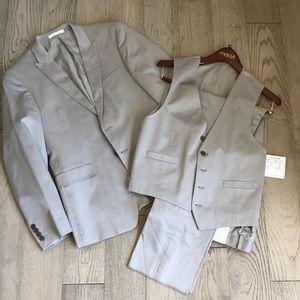 NWT Calvin Klein 3-piece Extreme slim fit suit